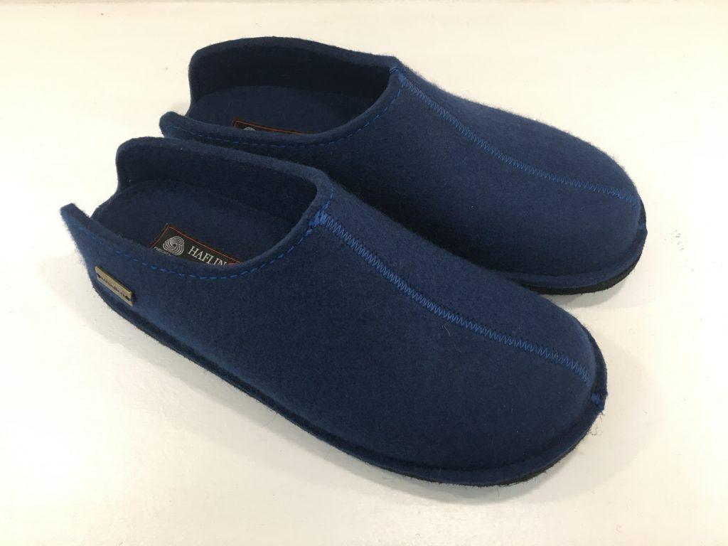 PAntoffeln mit Fußbett blau