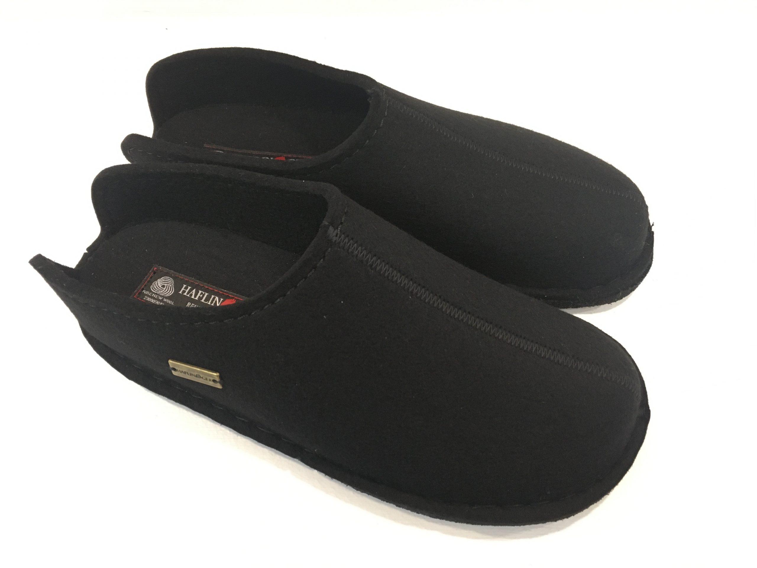 Pantoffeln mit Fußbett schwarz